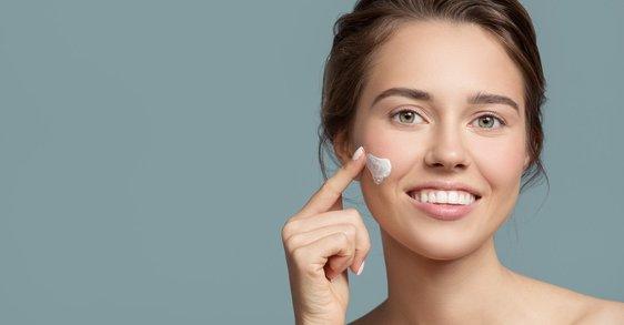 ¿Por qué considerar una crema facial peptídica en tu rutina antiedad?