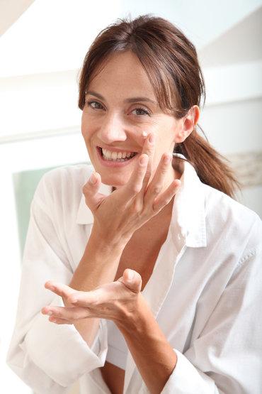 ¿Cómo combatir las arrugas? Presentamos 4 ingredientes imprescindibles