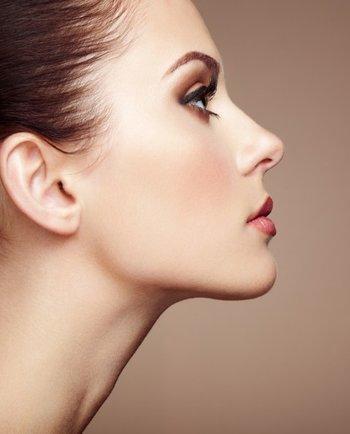 4 consejos expertos para cuidar el contorno de ojos