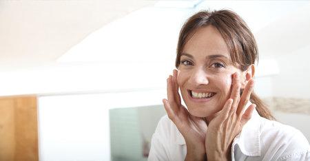 Misión humectación: ¿Cómo tratar la piel seca durante la menopausia?