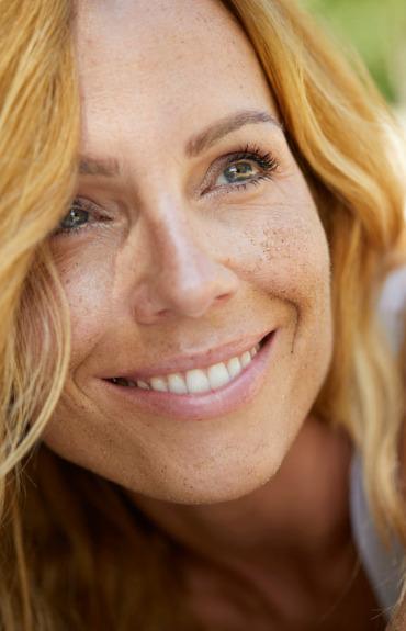 ¿Qué productos deberías usar si tienes un tono de piel desigual?