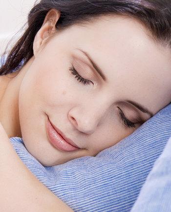 Cuida tu piel de noche: Qué tienes que hacer y qué no