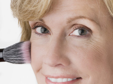 ¿Cómo maquillar la piel madura?